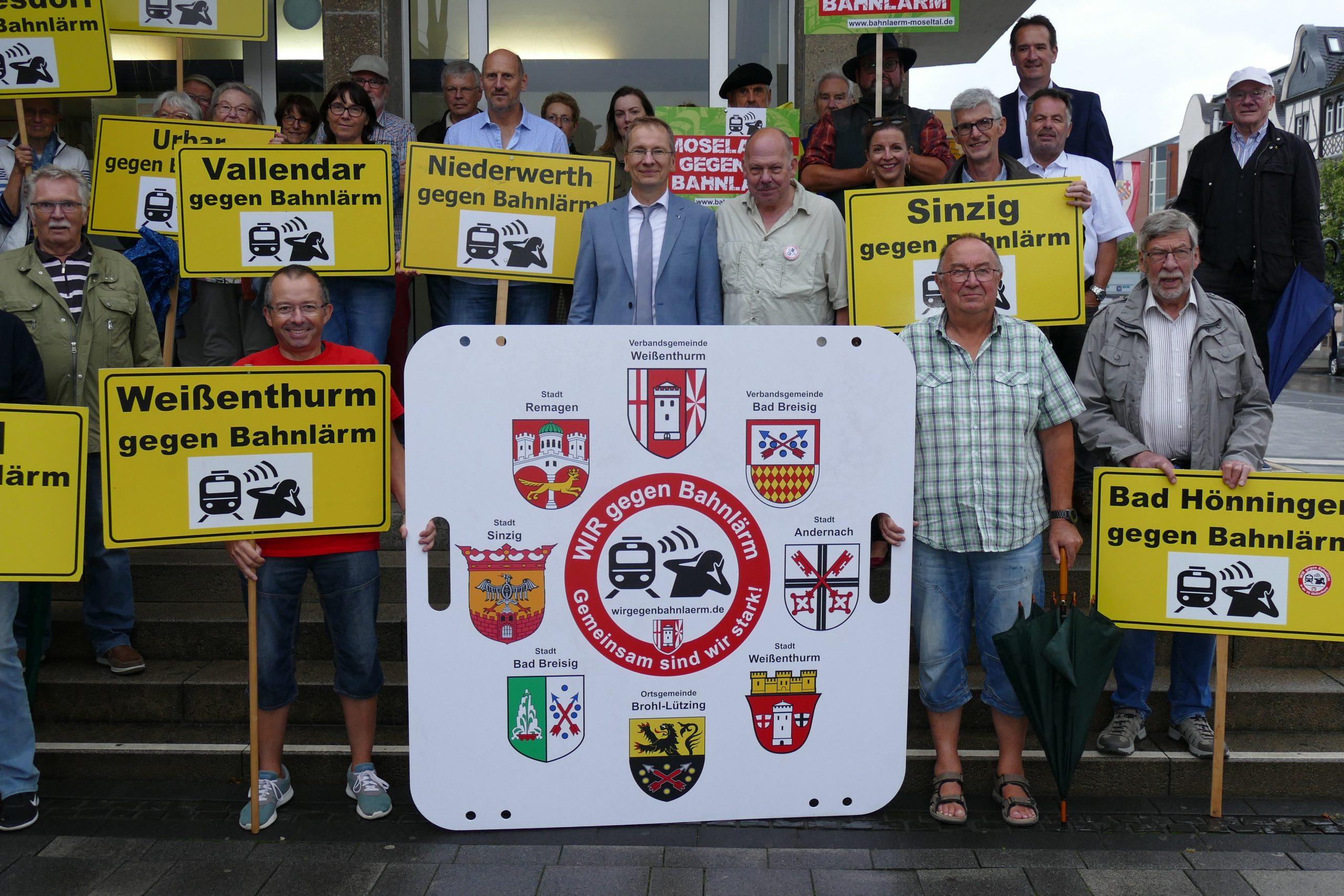 Teilnahme-an-der-Veranstaltung-Wir-gegen-Bahnlärm-in-Neuwied