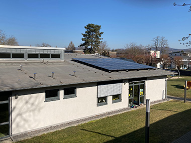 Photovoltaikanlage auf dem Neubau der KiTa Storchennest im Dreifaltigkeitsweg in Sinzig